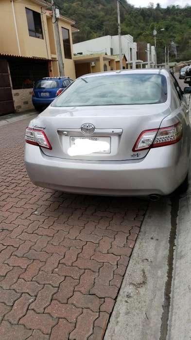Toyota Camry 2010 - 69000 km