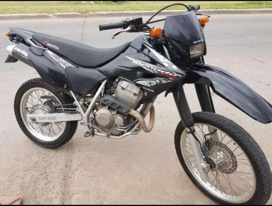 Vendo Honda Tormado