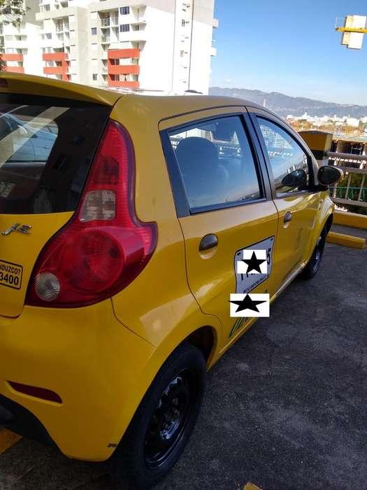 Taxi Jac Metropolitano en Proceso de Chatarrizacion