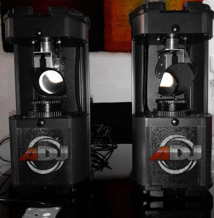 Pareja de luces Comscan led system ADJ