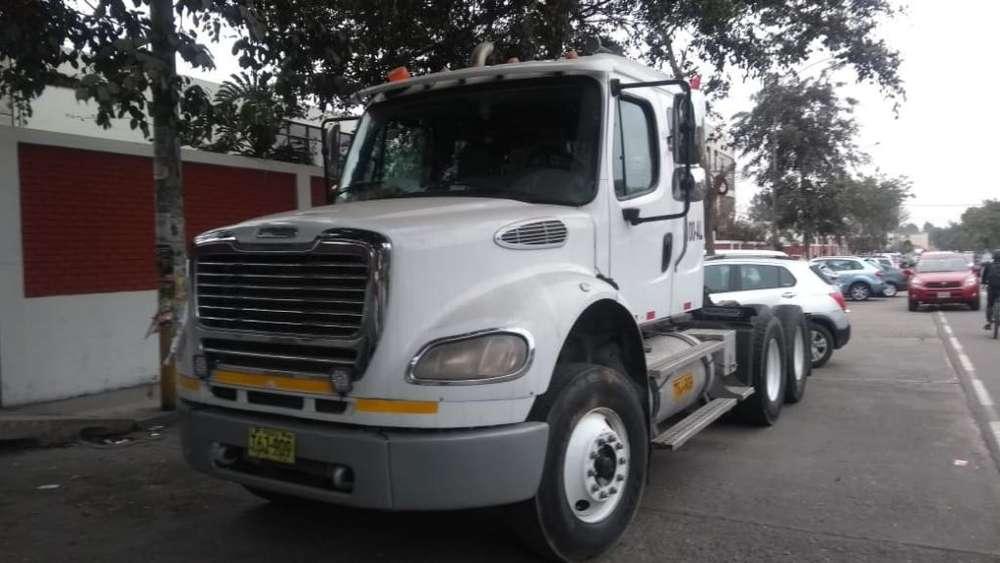 Tracto Remolcador Freightliner 2013