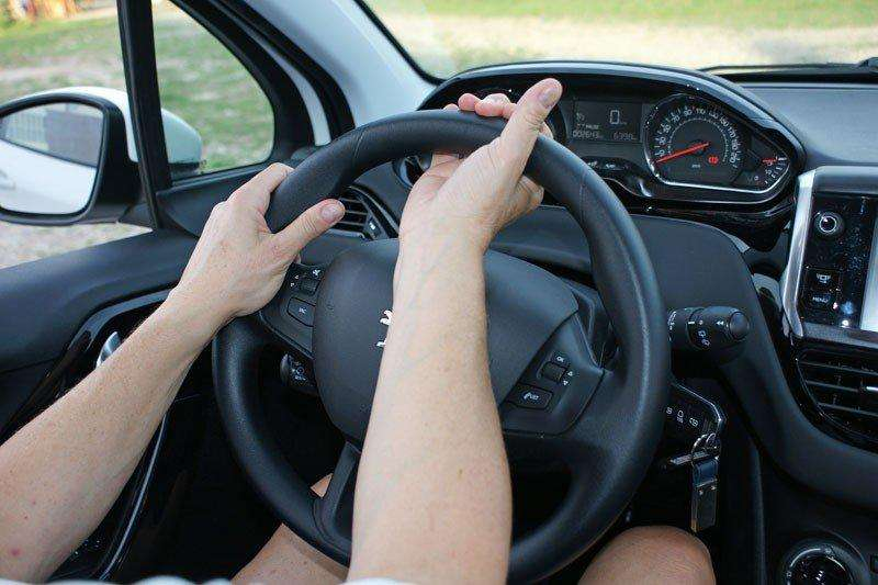 Busco trabajo como chófer o en lo que me de la oportunidad