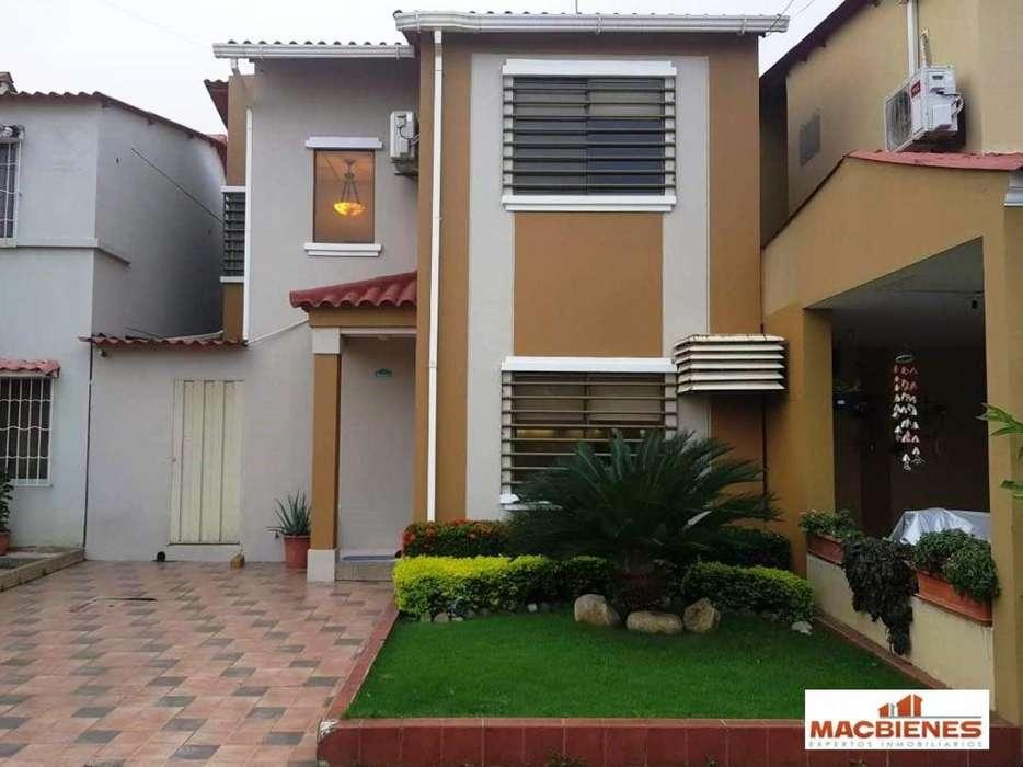 Venta de Casa en Urb. La Joya, Vía a Daule, sector norte de Guayaquil