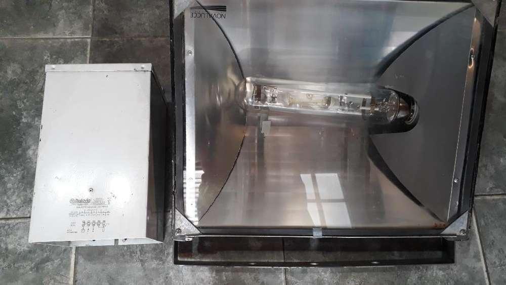 Vendo Reflector de 1000wts de Mercurio