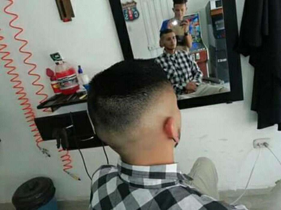 Soy Barbero Dos Años de Experiencia
