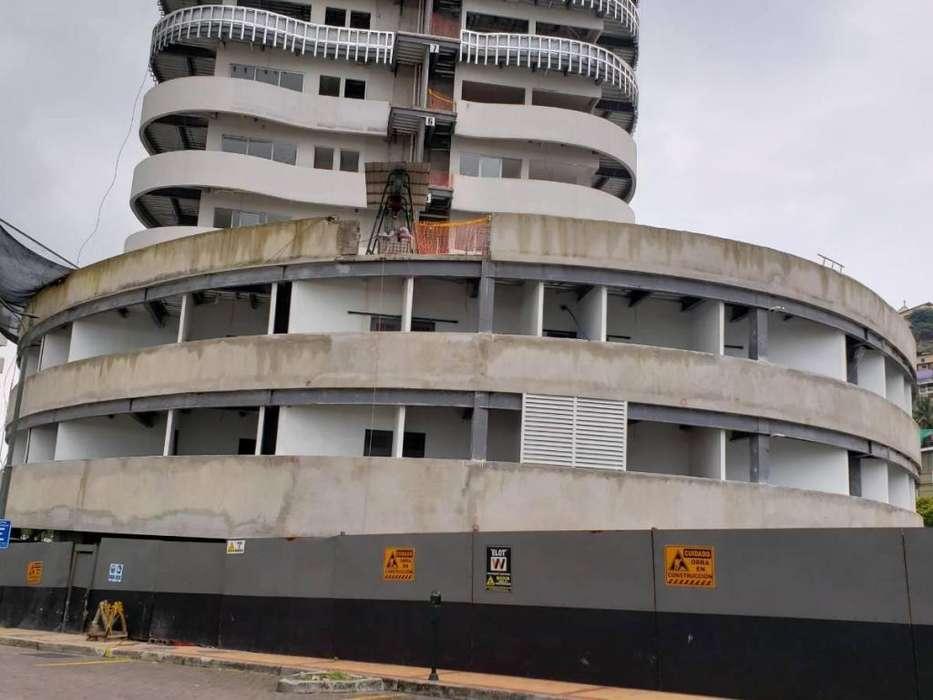 Venta de Local Comercial en <strong>edificio</strong> Santana Lofts, Puerto Santa Ana, junto al Malecon 2000, Centro de Guayaquil