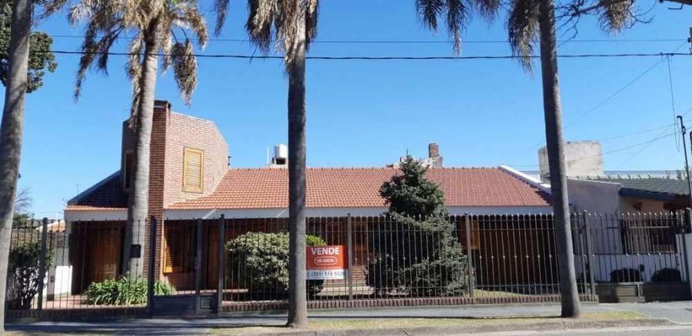 MARQUEZ DE SOBREMONTE,Casa a la venta 3 dormitorios