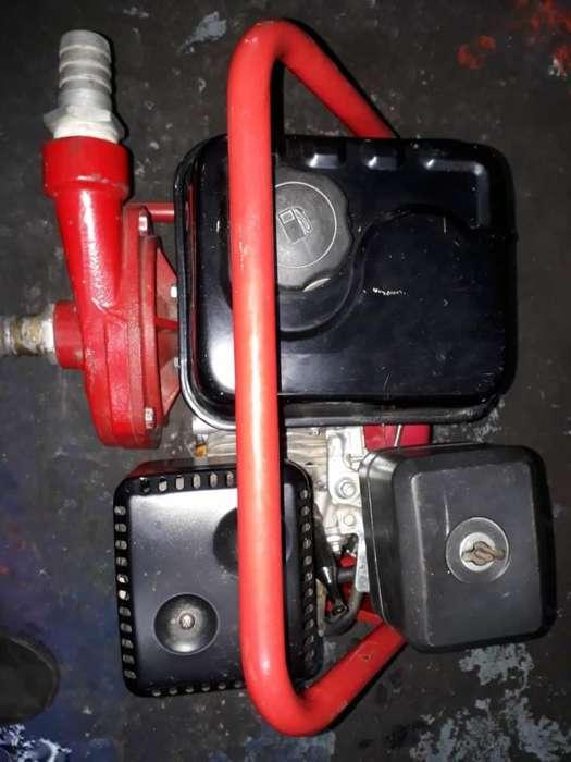 Motobomba Gasolina 6.5 Hp en Buen Estado
