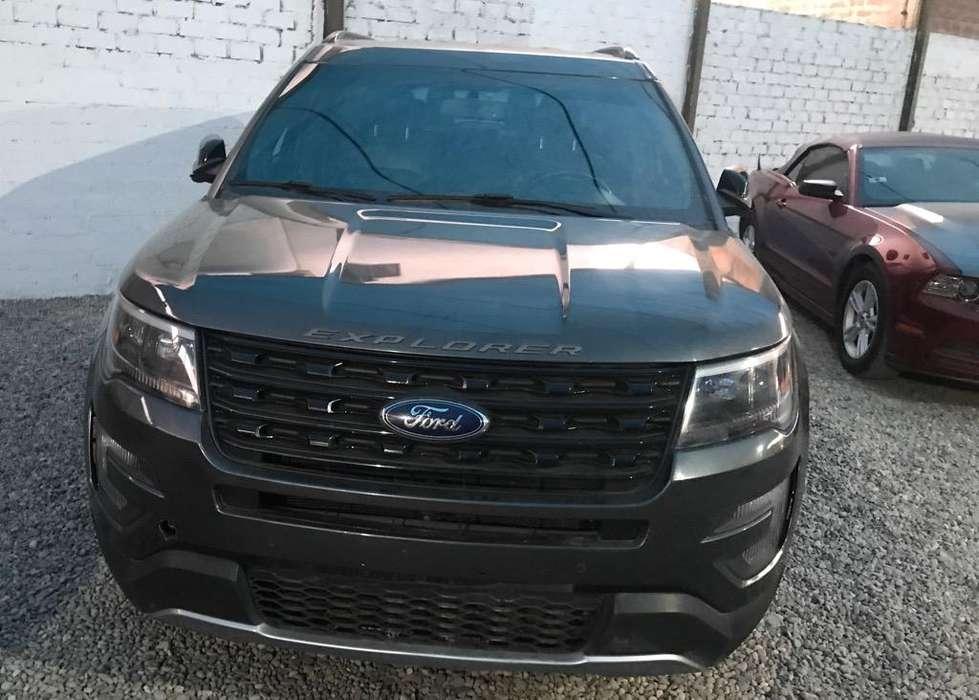 Ford Explorer 2016 - 26000 km