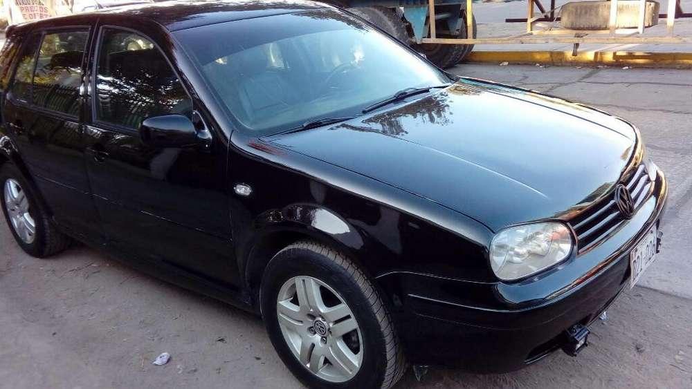 Volkswagen Golf 2003 - 13000 km
