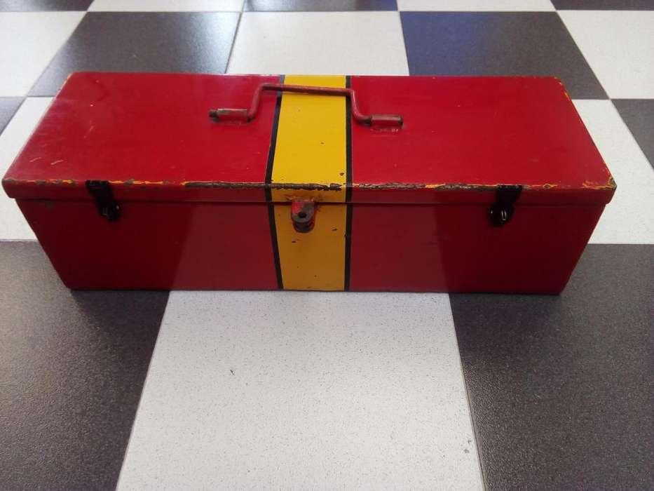 caja baul para herramientas metalico