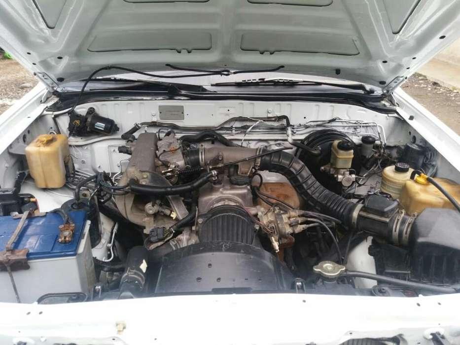 Se Vende Tipo Mazda Año 2003