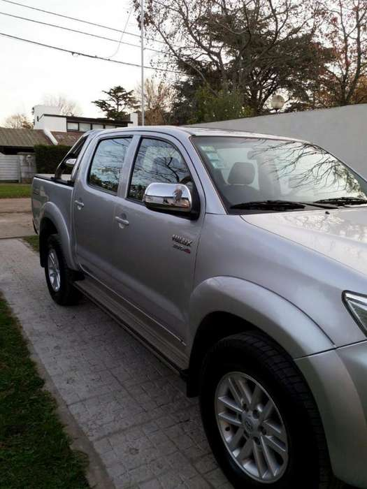 <strong>toyota</strong> Hilux 2012 - 216000 km
