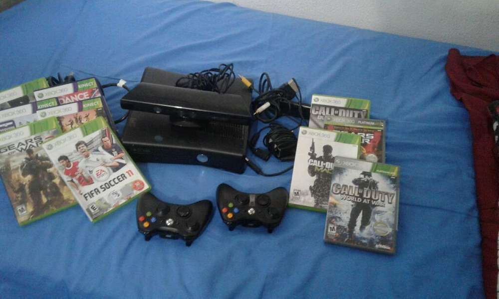 Xbox 360 ,2 Controles Inalambricos