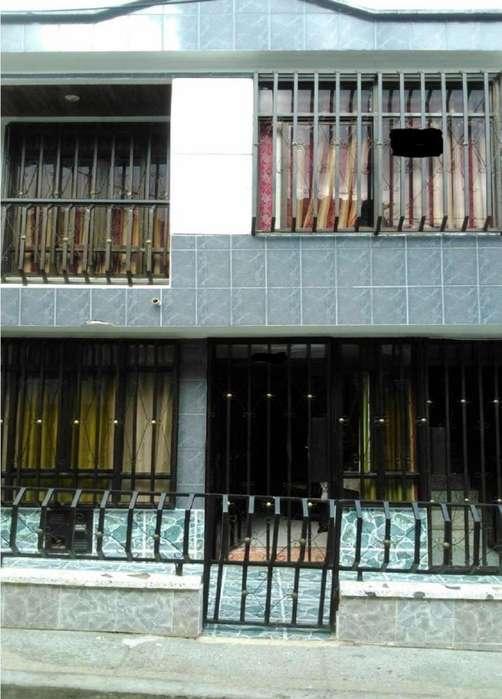 CASA DOBLE RENTA SECTOR SUR OCCIDENTE DE ARMENIA, ENTRADAS Y SERVICIOS INDEPENDIENTES