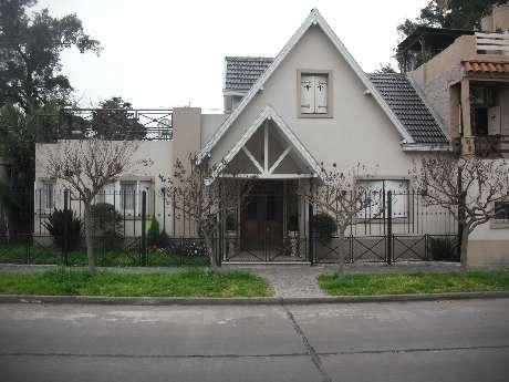 Casa en venta en Bernal Oeste