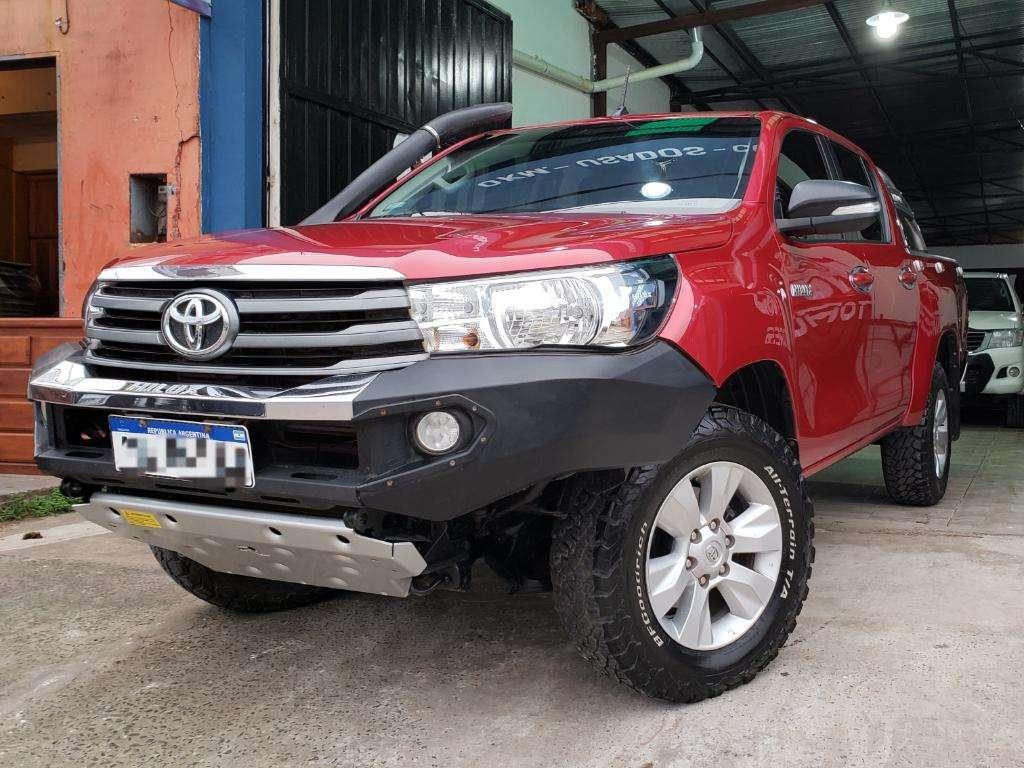 Toyota Hilux Sr 4x4 2.8 2016