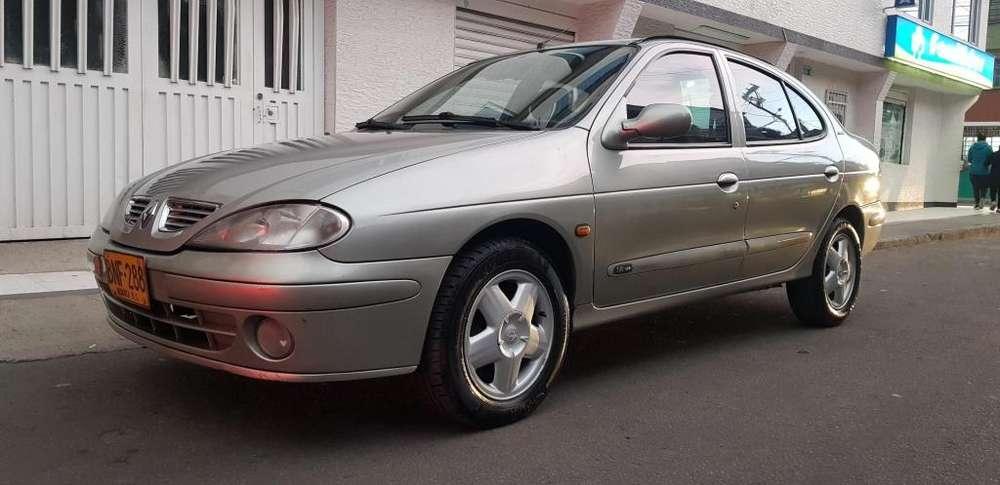 Renault Megane  2004 - 130000 km