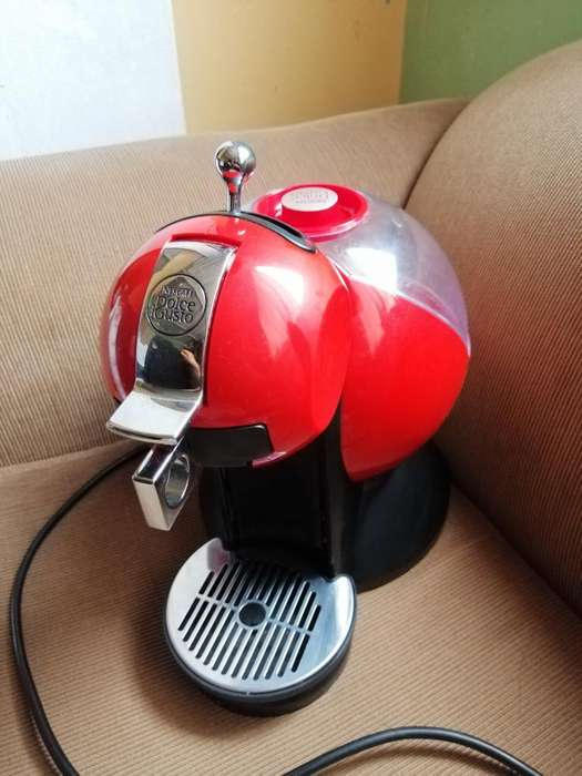 Cafetera Nescafe Dolce Gusto