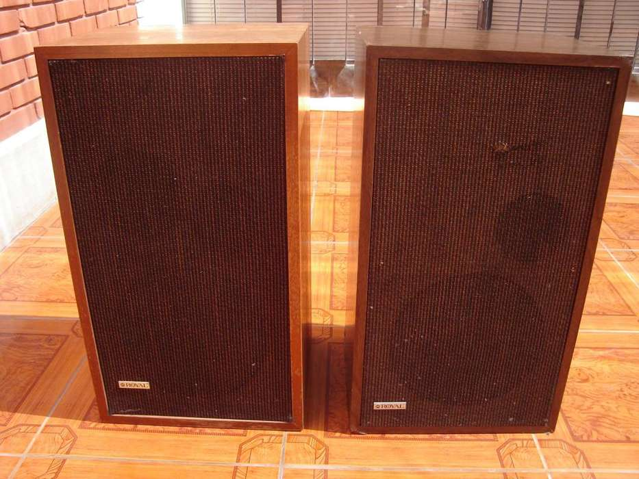 parlantes ROYAL modelo 5A made in canada