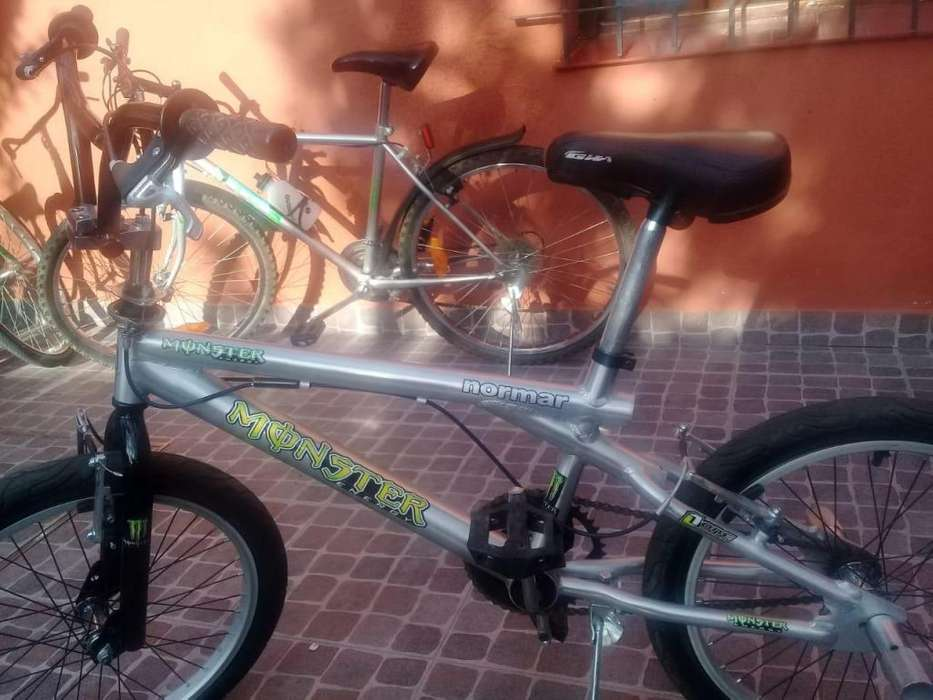 Bicicleta FREE STYLE cromada NORMAR Rodado 20.... IMPECABLE