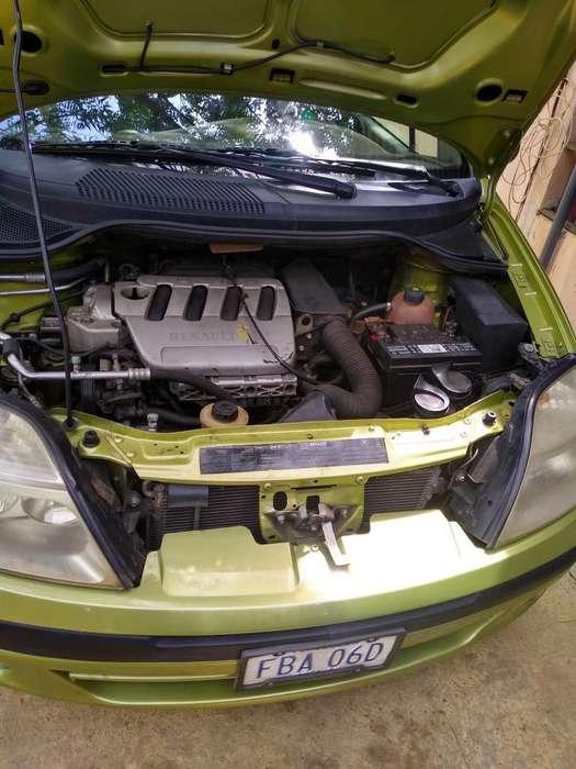 Renault Scenic  2002 - 226443 km