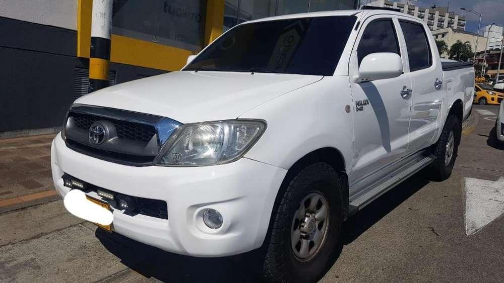 Toyota Hilux 2008 - 164000 km