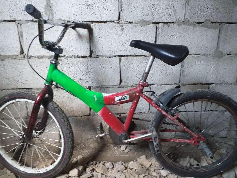 Bicicleta en Buen Estado para Un Jovenci