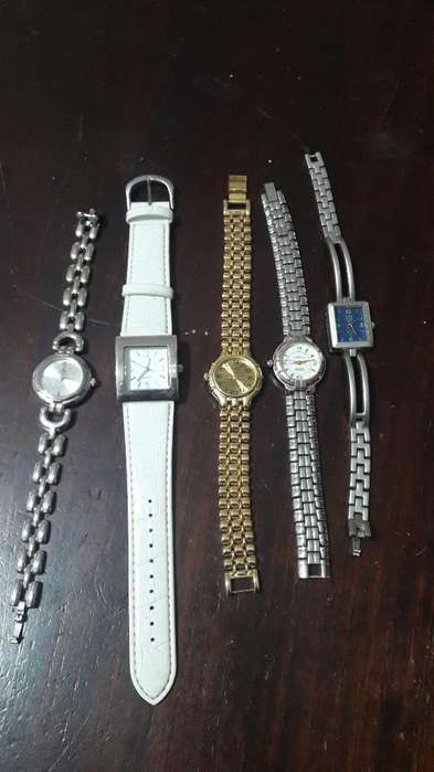Lote de <strong>relojes</strong>