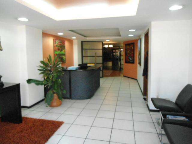 VENDO <strong>local</strong> COMERCIAL/OFICINA 180m2, SECTOR SWISS HOTEL