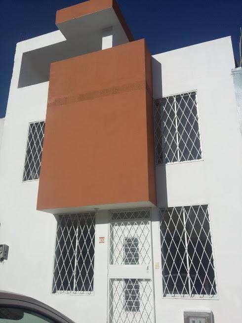 Hermosa Casa por Estrenar en Ciudad Bicentenario- Pomasqui