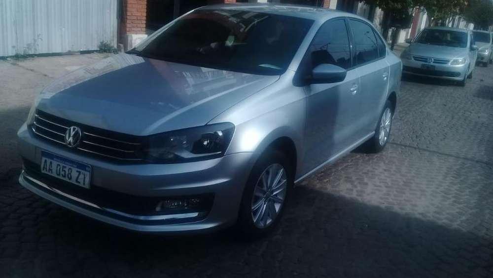 Volkswagen Polo 2016 - 40000 km
