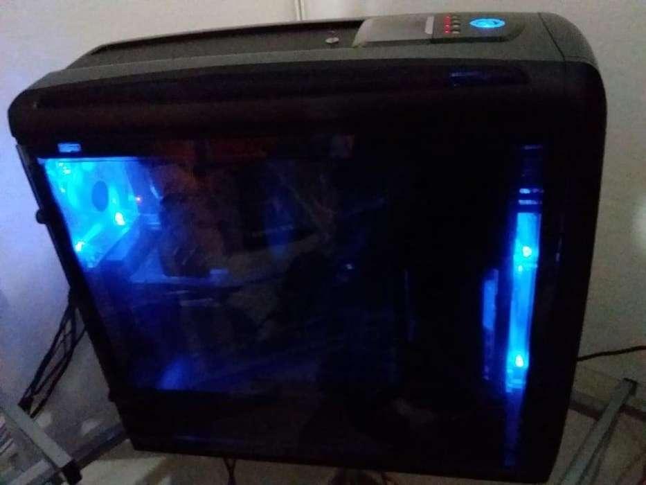 PERMUTO POR MOTO /COMPUTADORA GAMER FX 9370 4.7 8 NUCLEOS RECIBO TARJETA DE CREDITO