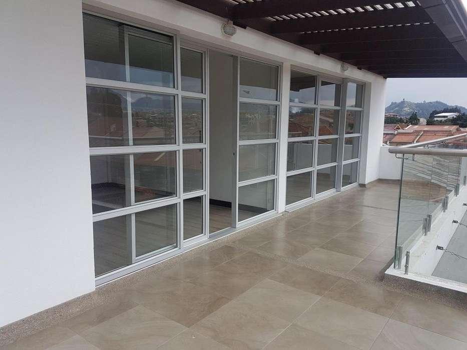 Departamento en alquiler Dúplex tres dormitorios con terraza