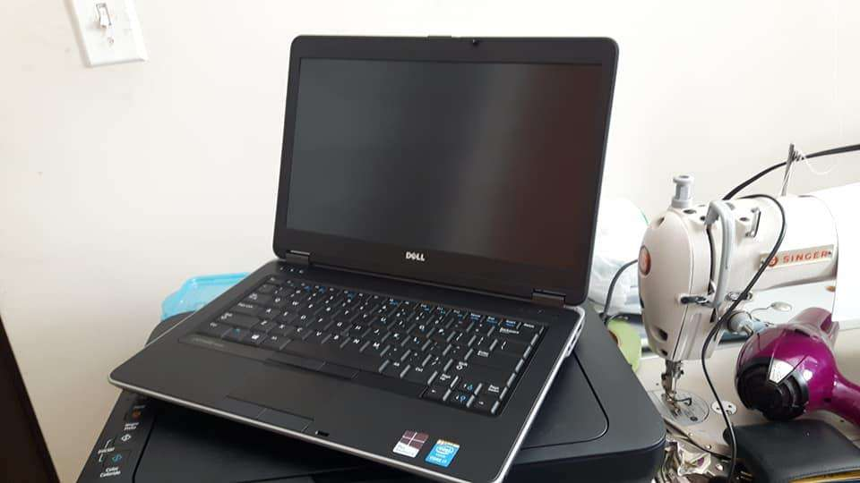 Usado!Laptop Dell Corei5/4GB/500GB a solo 225!