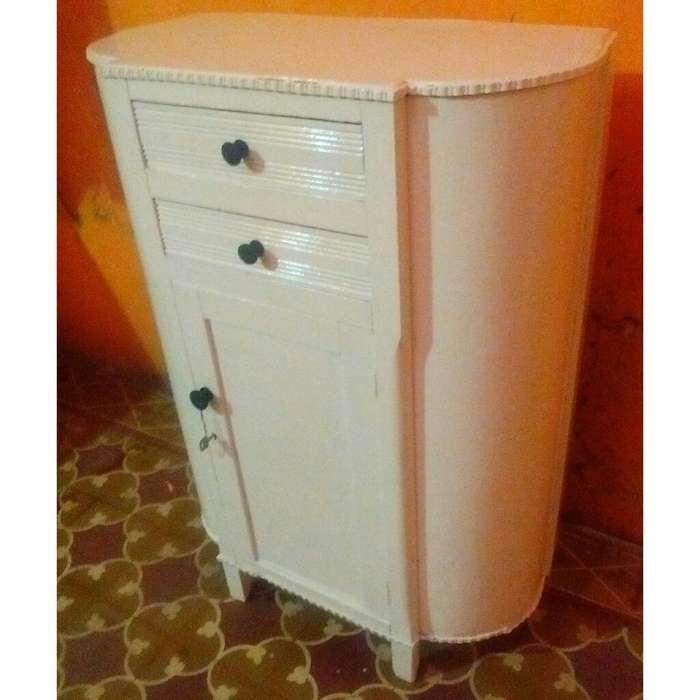 Vendo Hermoso Mueble Antiguo Blanco