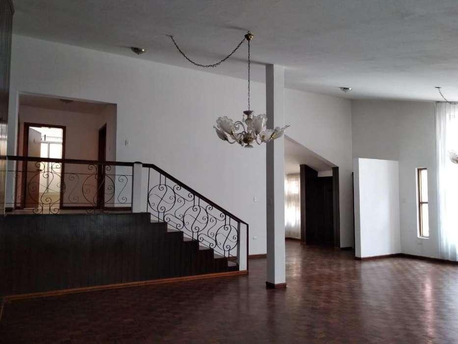 Bellavista, casa de arriendo, 3 habitaciones, 300 m2
