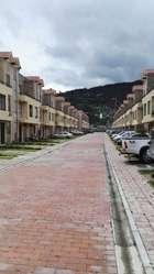 Vendo o Arriendo casa en Conjunto cerrado en Tenjo Cundinamarca