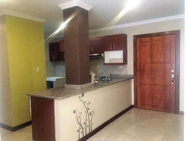 En VENTA, Departamento en Condominio, sector Quinta Lucrecia.