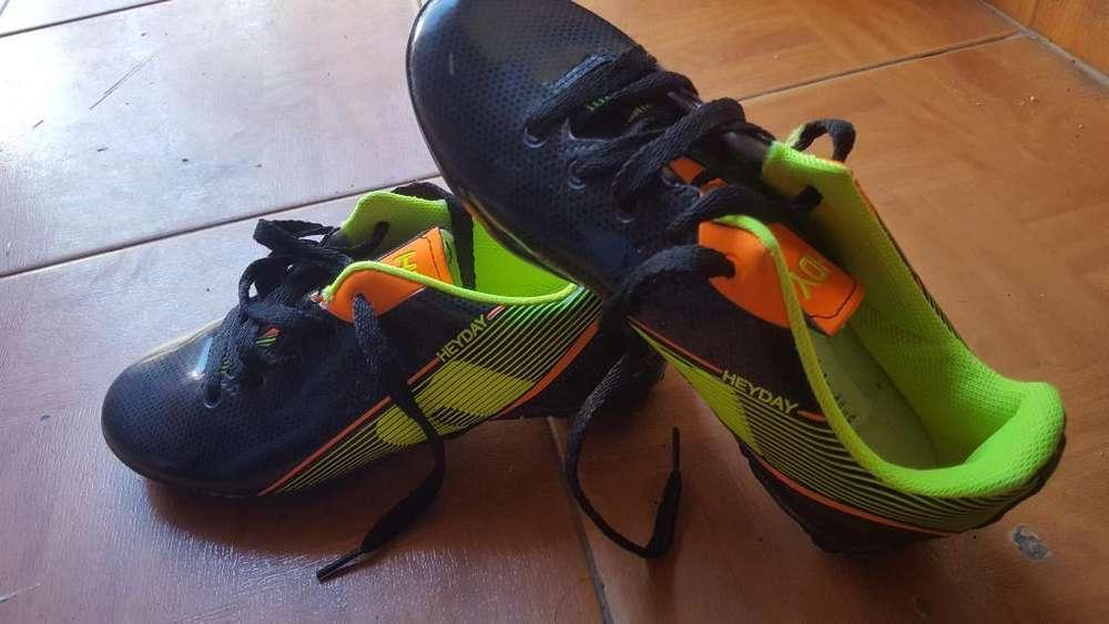 Botines Futbol 5 Niño Talle 31 (nuevos )