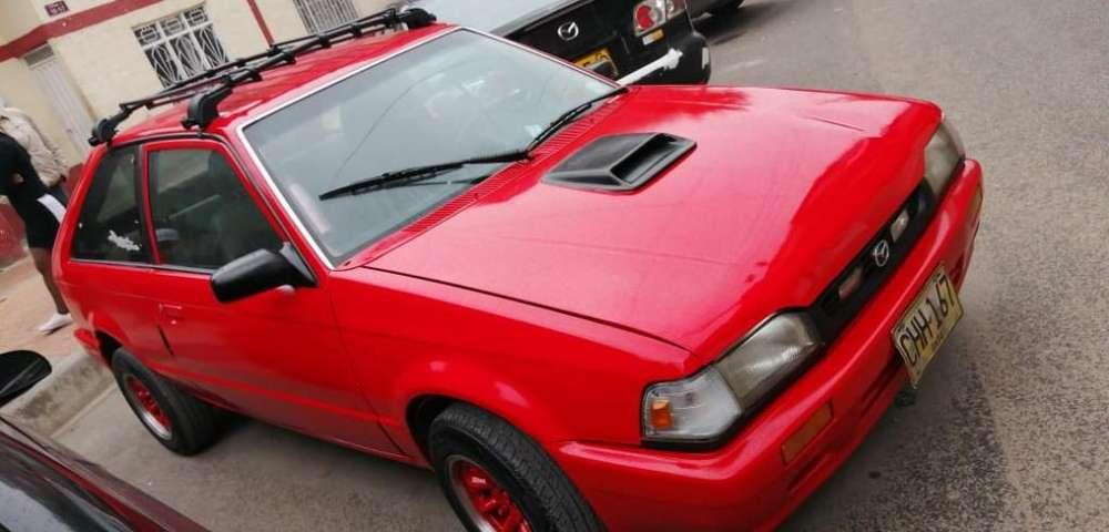 Mazda 323 1992 - 256000 km