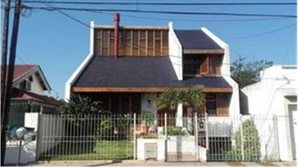 America 3455 - UD 540.000 - Casa en Venta