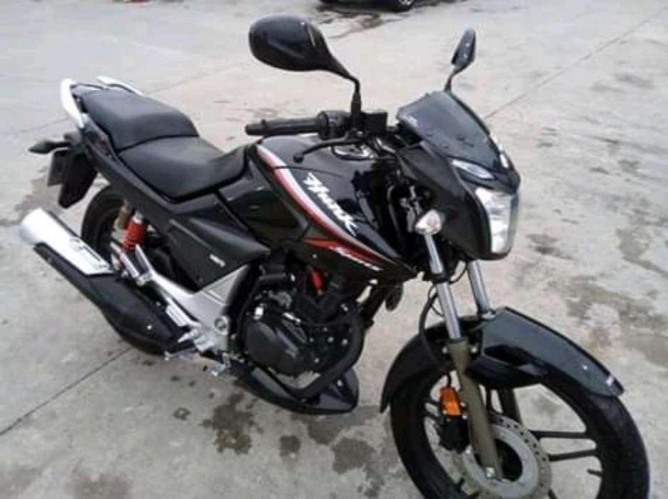 Moto Hero Hunk 150cc Sport