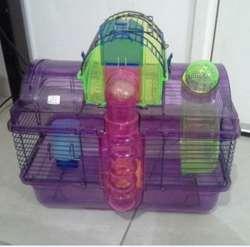 Jaula para hamster. Contiene accesorios
