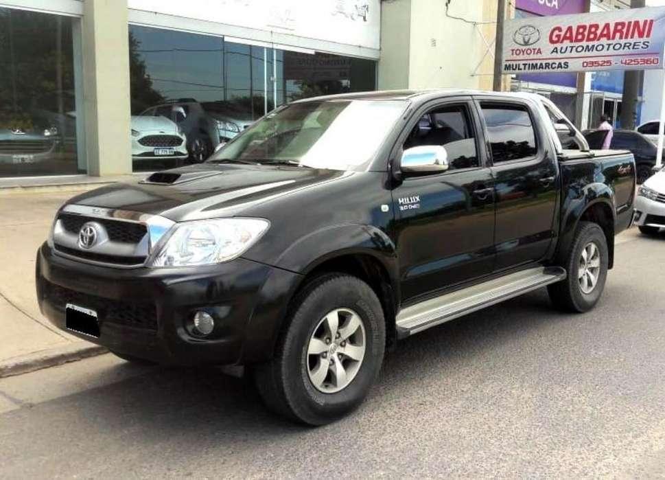 Toyota Hilux 2011 - 190000 km