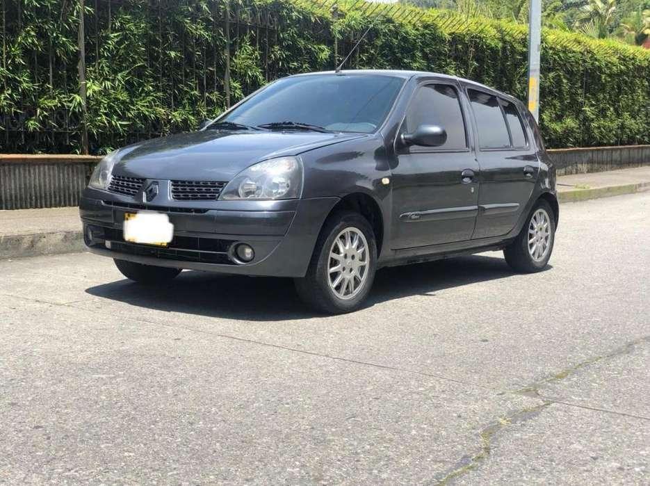 Renault Clio  2008 - 97000 km