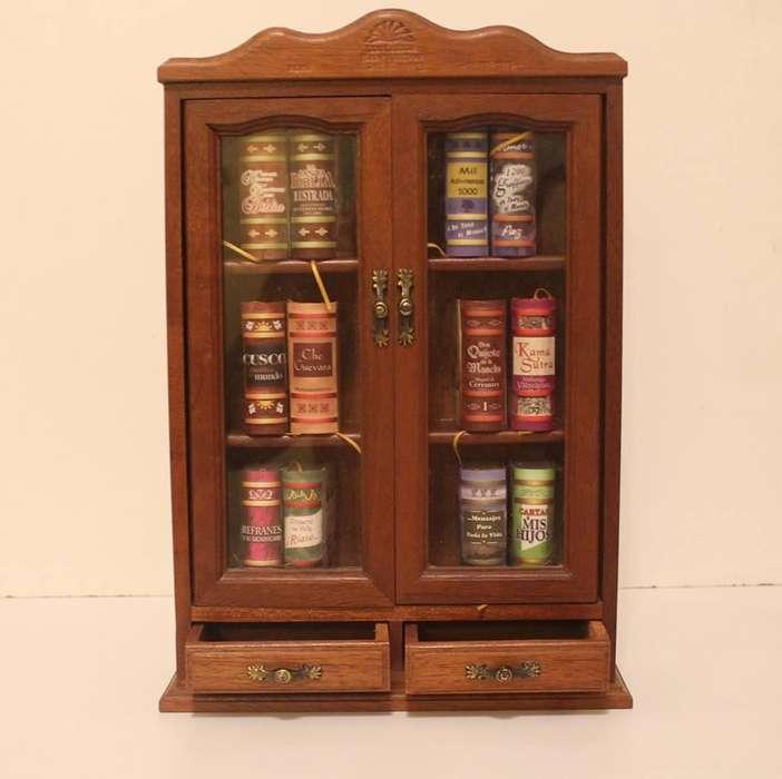 Mini <strong>biblioteca</strong> para colección
