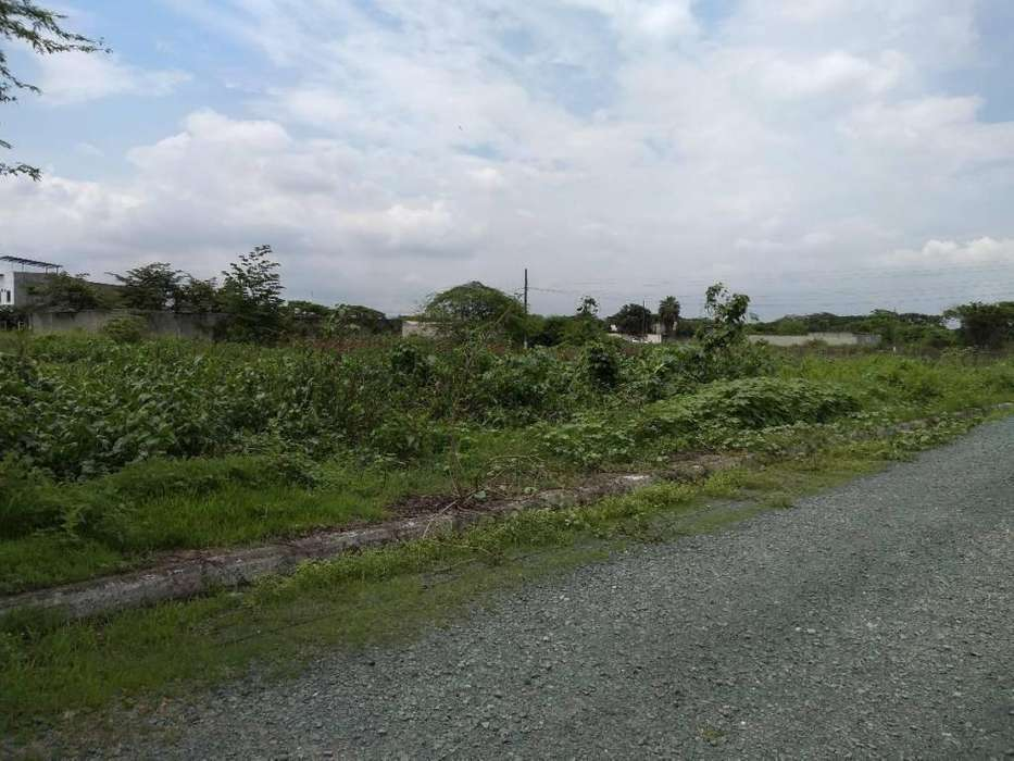 Venta de Terreno en la Gloria, Samborondon - A. Cobos