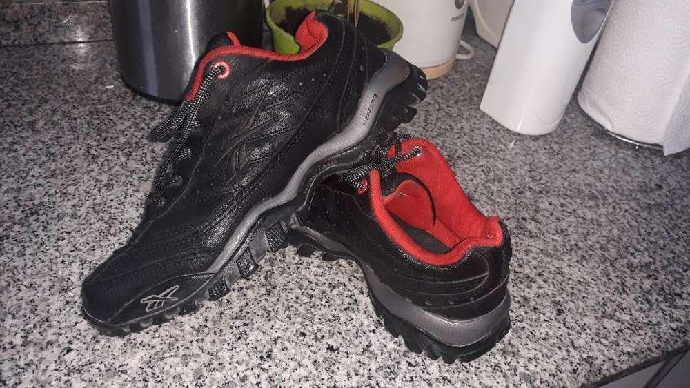 Zapatillas Reebok ,talle 39
