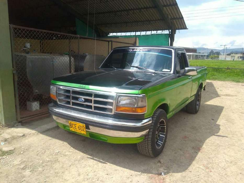 <strong>ford</strong> F-150 1993 - 234 km